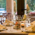 Elegancka restauracja idealna na wesele w Warszawie